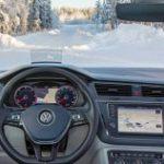 В Volkswagen разработали невидимый обогрев стекла из серебра